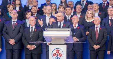 Foto Экс-лидер Демократической партии Молдовы Владимир Плахотнюк остался без «Ордена республики» 3 22.09.2021