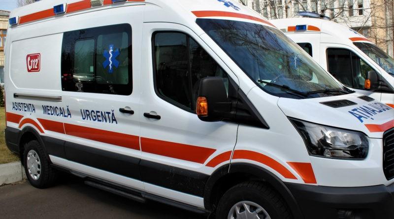 Opt instituții medicale din nordul țării au primit ambulanțe noi de tip B