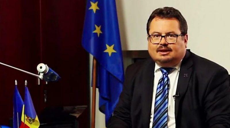 Петер Михалко: авторизация со стороны ЕС не нужна, чтобы Румыния пожертвовала Молдове часть вакцин