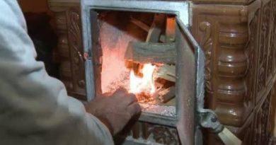 Pompierii atenționează oamenii să respecte regulile antiincendiare în perioada cu temperaturi joase