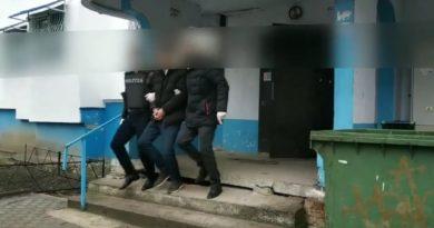 Doi bărbați din Bălți au fost reținuți pentru punerea în circulație a drogurilor pe teritoriul orașului