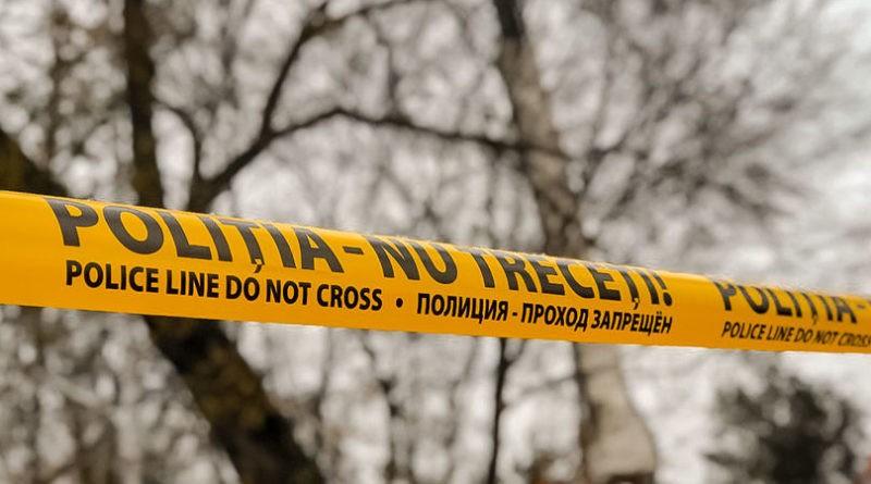 Cadavrul unui bărbat cu semne de moarte violentă a fost găsit la Edineț. Poliția a reținut un suspect
