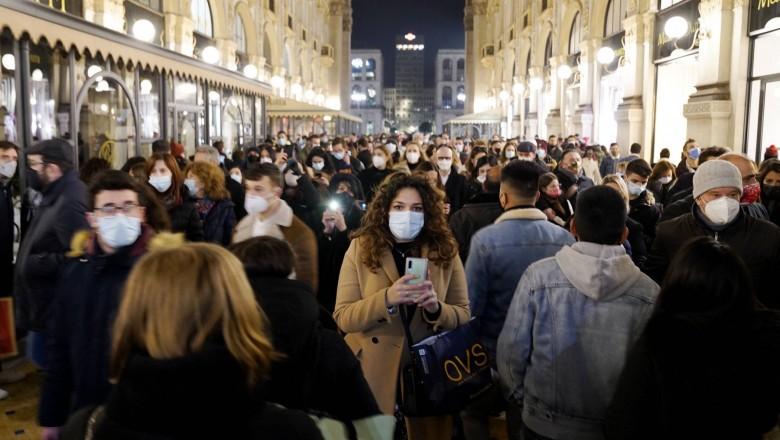 Foto Epidemiolog: Măștile de protecție și distanțarea fizică vor fi în continuare necesare timp de câțiva ani 1 05.08.2021