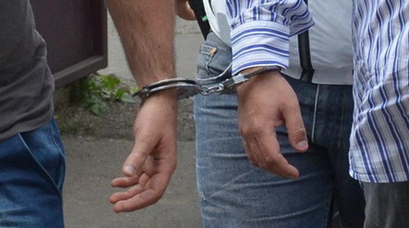 Doi tineri din Bălți riscă șapte ani de închisoare pentru comiterea unui jaf stradal