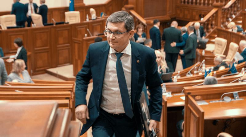 Foto Кандидат в премьер-министры Игорь Гросу планирует ввести на территории страны режим чрезвычайного положения на 30 дней 1 05.08.2021