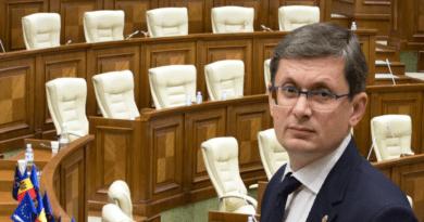 Guvernul Grosu nu a fost supus votului în Parlament din cauza lipsei de cvorum