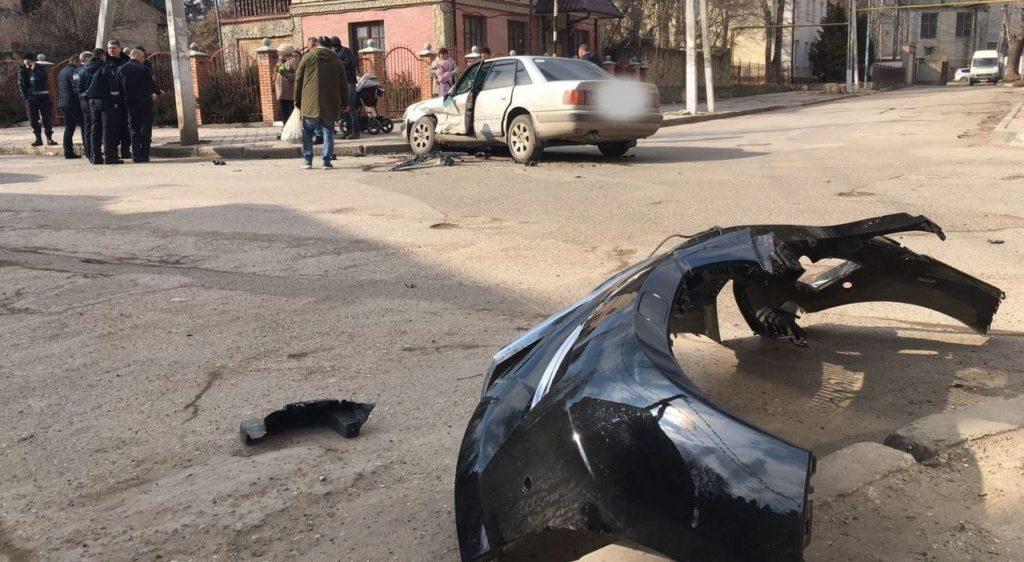 Foto /FOTO/ Accident de 8 martie la Bălți. Vinovatul a fugit de la fața locului 2 29.07.2021