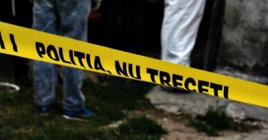 Un bărbat din raionul Sângerei, a fost găsit strangulat în propria gospodărie