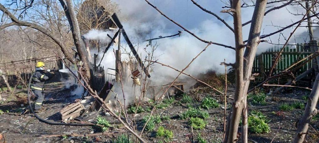 Foto /FOTO/ Pompierii din raionul Soroca au stins un incendiu și au prevenit producerea unei explozii 3 29.07.2021
