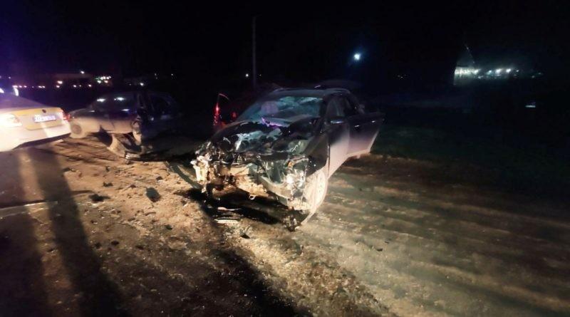 /VIDEO/ Accident grav la Bălți din cauza a doi șoferi în stare de ebrietate. Patru polițiști au ajuns la spital