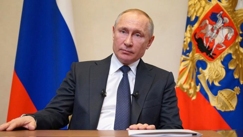 Vladimir Putin a promulgat legea care îi permite să rămână președinte până în 2036