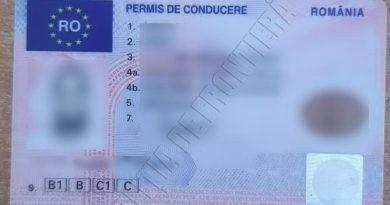 Un tânăr din raionul Fălești a fost reținut la vamă cu un permis de conducere fals perfectat în Franța