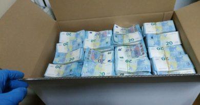 Șoferul prins cu 1,6 milioane de euro la vama Leușeni a fost condamnat la 3 ani de închisoare. Banii vor ajunge în bugetul statului