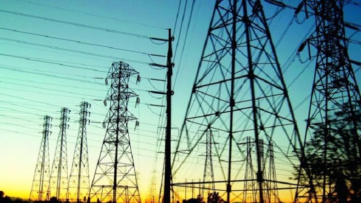 Cheltuielile pentru consumul energiei electrice pentru lunile aprilie şi mai vor fi compensate de stat
