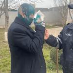 Vicepreședintele raionului Sângerei a fost stropit cu verde de briliant de membrii partidului PACE. Oamenii legii au pornit un proces penal