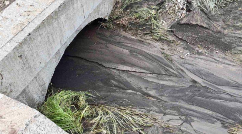 /FOTO/ Mai multe drumuri din nordul țării au fost înnămolite în urma ploilor abundente