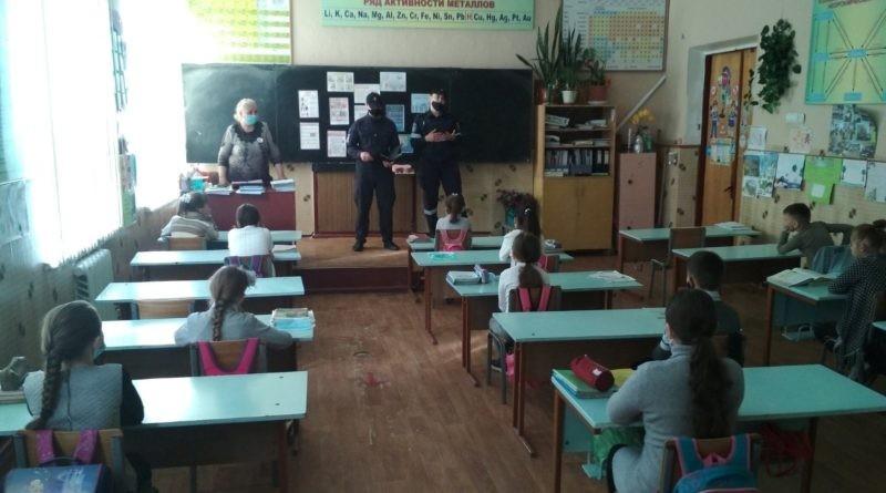Peste 140 de copii din municipiul Bălți au fost informați de către salvatori despre pericolele care le pot afecta viața în perioada vacanței de vară