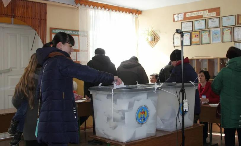 Русскоязычная диаспора не проявляет желания участвовать в досрочный парламентских выборах 2 11.05.2021