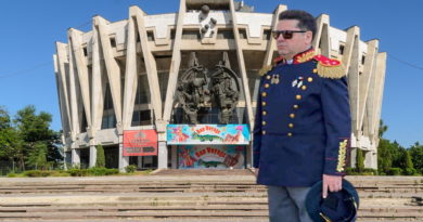 Foto Депутата-социалиста Штефана Гацкана заметили в военной форме, хотя он не служил ни дня 4 25.07.2021