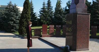 Президент Молдовы Майя Санду почтила  память «миллионов людей, которые погибли во Второй мировой войне»