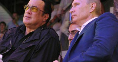 """Foto Голливудский актер Стивен Сигал официально вступит в партию """"Справедливая Россия"""" 3 21.06.2021"""