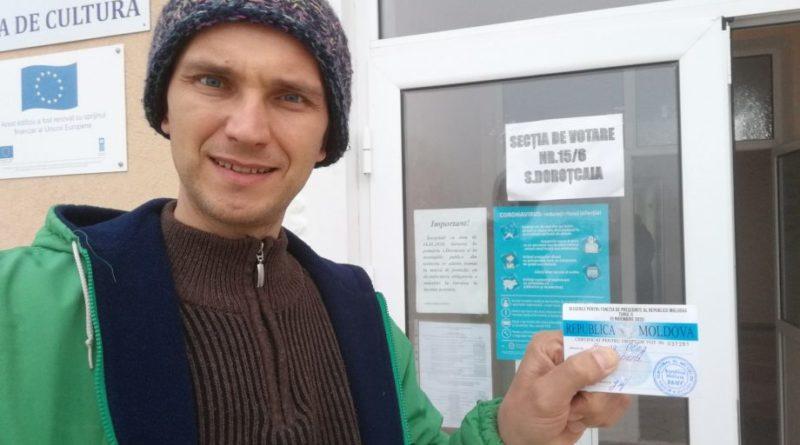 Activistul Oleg Brega a renunțat să meargă la alegerile anticipate în calitate de candidat independent și s-a alăturat unui partid