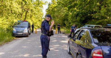 Un tânăr din Soroca și-a procurat mașina cu revizia tehnică și asigurarea auto false. Acum este documentat de către oamenii legii