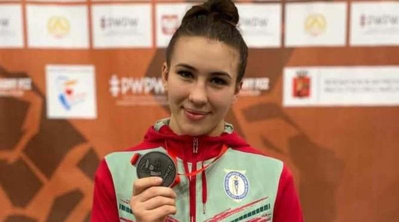 19-летняя спортсменка из Молдовы стала чемпионкой Европы по борьбе 19 12.05.2021