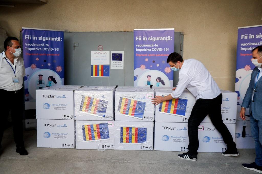 Foto Румыния предоставила Молдове 100 800 доз вакцины против коронавируса AstraZeneca 3 21.06.2021