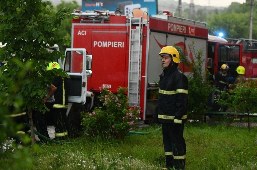 Foto /FOTO/ Incendiu într-un bloc locativ din orașul Soroca. Mai multe persoane au fost evacuate 4 28.07.2021
