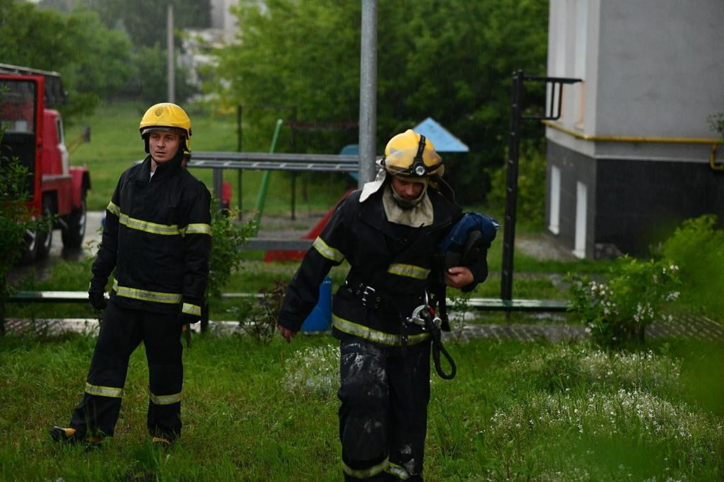 Foto /FOTO/ Incendiu într-un bloc locativ din orașul Soroca. Mai multe persoane au fost evacuate 6 28.07.2021