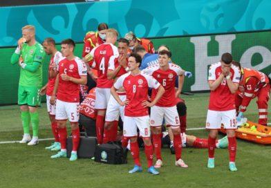 Foto Футболист сборной Дании в матче чемпионата Европы со сборной Финляндии перенес остановку сердца 16 01.08.2021