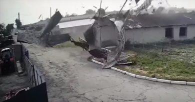 /VIDEO/ Vântul puternic și ploile abundente au făcut ravagii în raionul Drochia