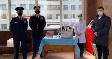 """Foto Reacția inginerului și a directorului de la Spitalul Clinic Bălți, unde un aparat folosit a fost donat ca nou-nouț: """"Poate noi am fi închis ochii la așa ceva, dar Ambasada, nu"""" 1 24.07.2021"""