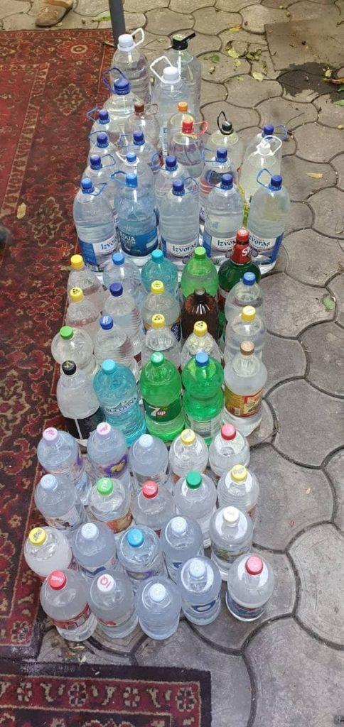 Foto /FOTO/ Două femei din Bălți vindeau alcool contrafăcut chiar la domiciliu. Acum riscă amendă 2 28.07.2021