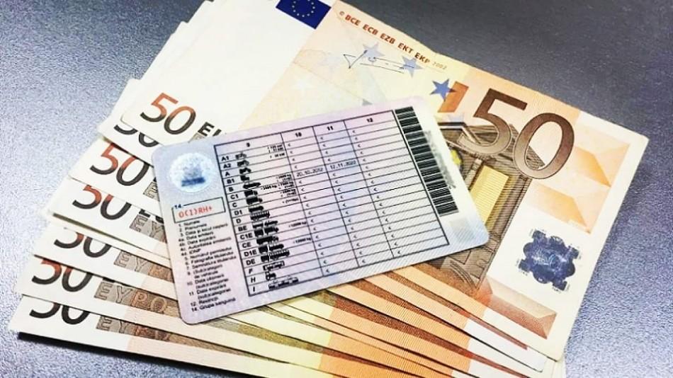 Trei persoane din raionul Edineț riscă ani de pușcărie pentru o mită de 700 de euro