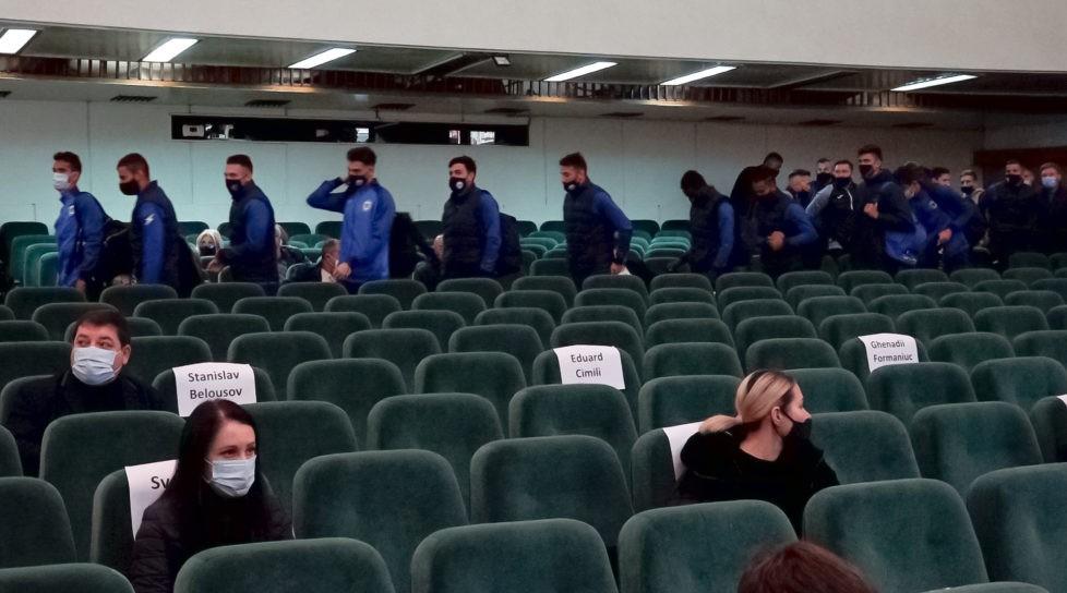 Foto /VIDEO/ Fotbaliștii din Bălți vor primi cinci milioane de lei, în timp ce unii angajați pot rămâne fără salarii 1 22.09.2021