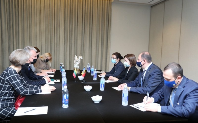 Foto Extinderea domeniilor de cooperare dintre R.Moldova și Lituania, discutată de Maia Sandu și Gitanas Nauseda 1 27.10.2021