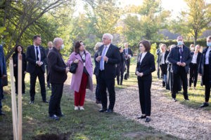 Foto /FOTO/ Maia Sandu a sădit, impreună cu președintele Germaniei, doi arbori de lalea, la Grădina Botanică 3 27.10.2021