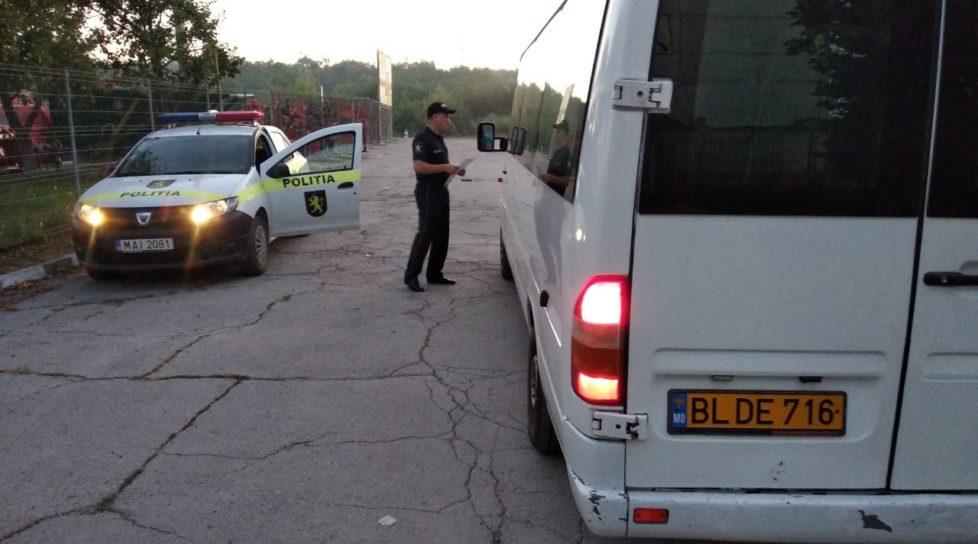 Foto Mai mulți șoferi ai curselor de transport public, amendați de către polițiștii din Bălți 1 27.10.2021
