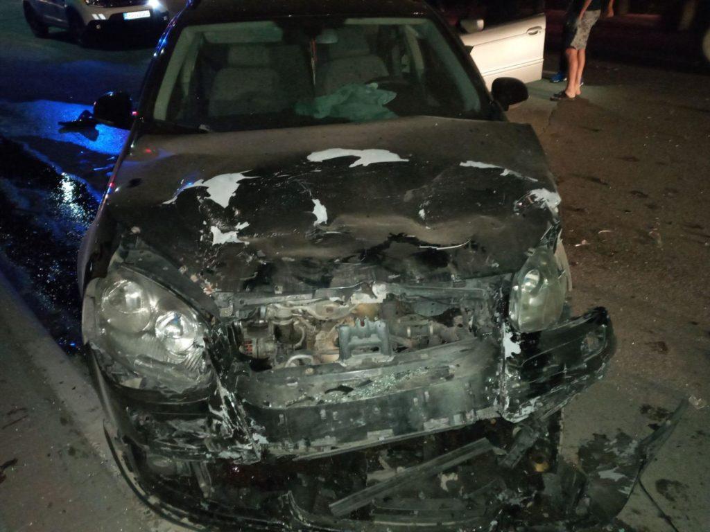 Foto /FOTO/ Carambol pe o stradă din Bălți. Un șofer a accidentat patru automobile și a fugit de la locul faptei 1 27.10.2021