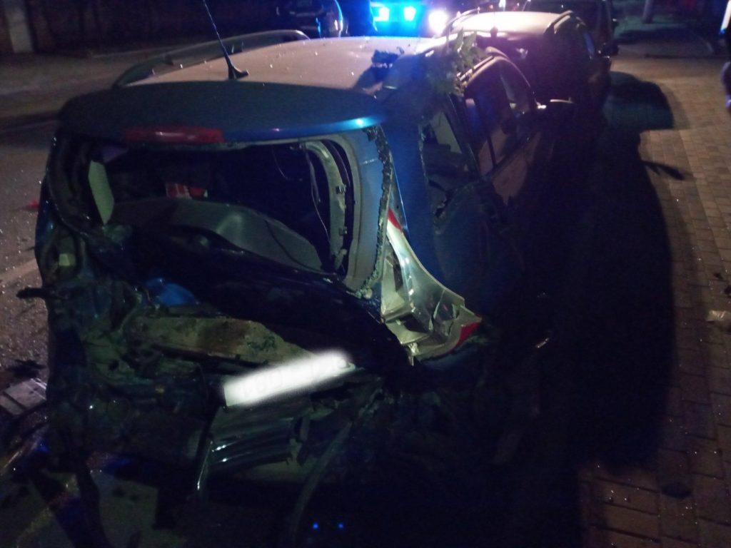 Foto /FOTO/ Carambol pe o stradă din Bălți. Un șofer a accidentat patru automobile și a fugit de la locul faptei 3 27.10.2021