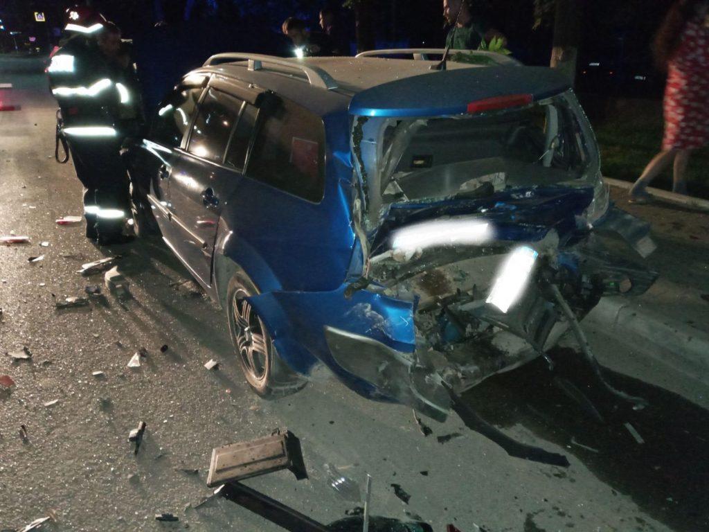 Foto /FOTO/ Carambol pe o stradă din Bălți. Un șofer a accidentat patru automobile și a fugit de la locul faptei 5 27.10.2021