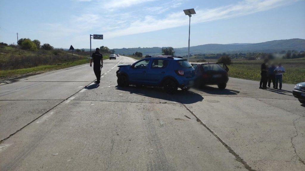 Foto /FOTO/ Accident în raionul Sîngerei. Mai multe persoane au avut nevoie de îngrijiri medicale 2 27.10.2021
