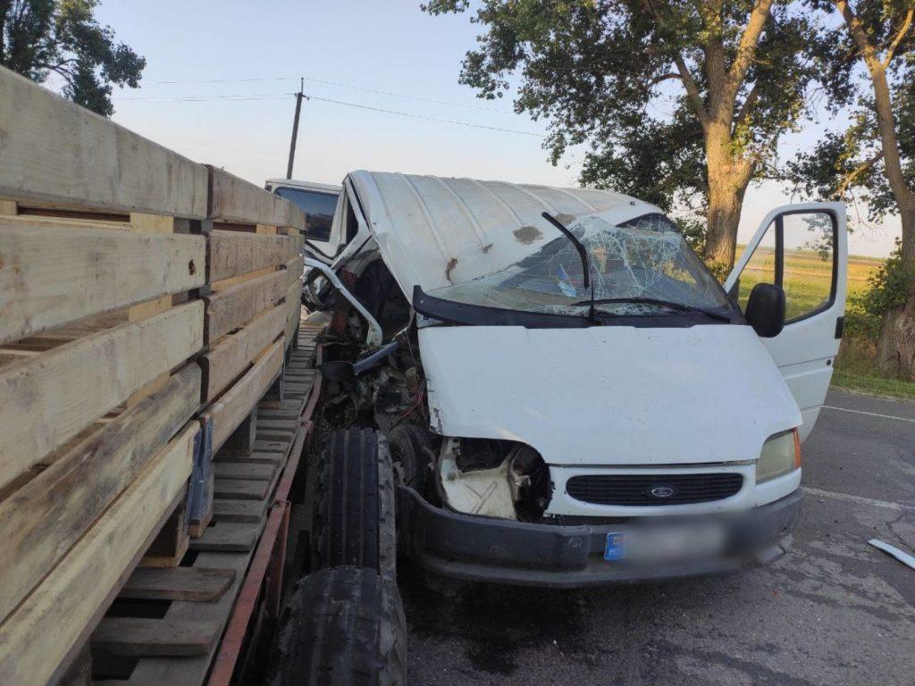 Foto /FOTO/ Accident în raionul Briceni. Două persoane transportate la spital 1 21.09.2021
