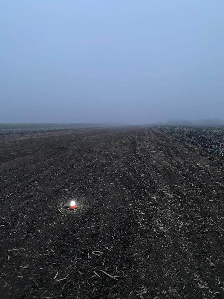 Foto /FOTO/ Un avion plin cu țigări de contrabandă, depistat în raionul Edineț 4 21.09.2021