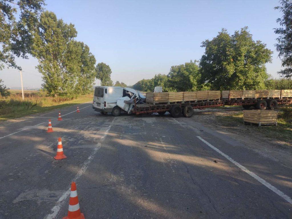 Foto /FOTO/ Accident în raionul Briceni. Două persoane transportate la spital 3 21.09.2021
