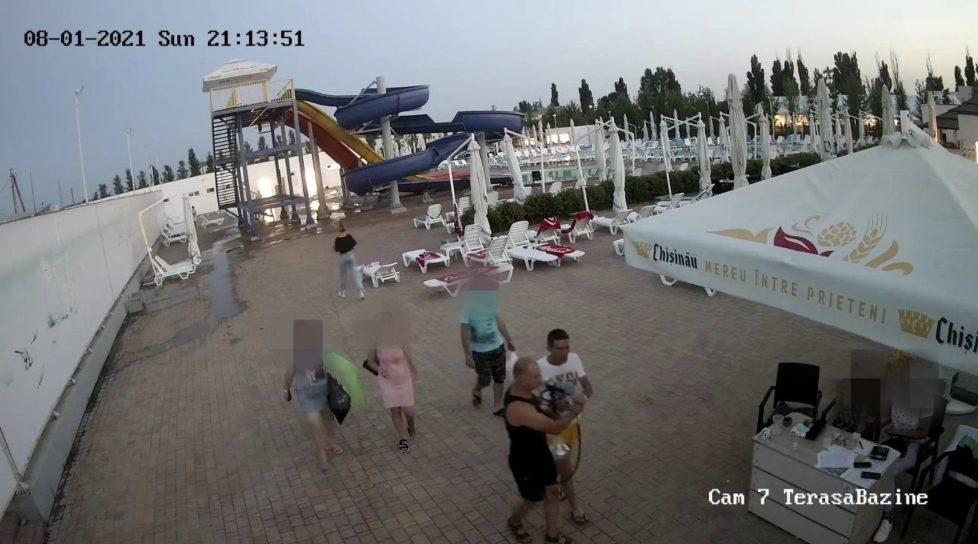 Foto Doi bărbați au furat o narghilea de pe teritoriul unui bazin din Bălți 3 20.09.2021