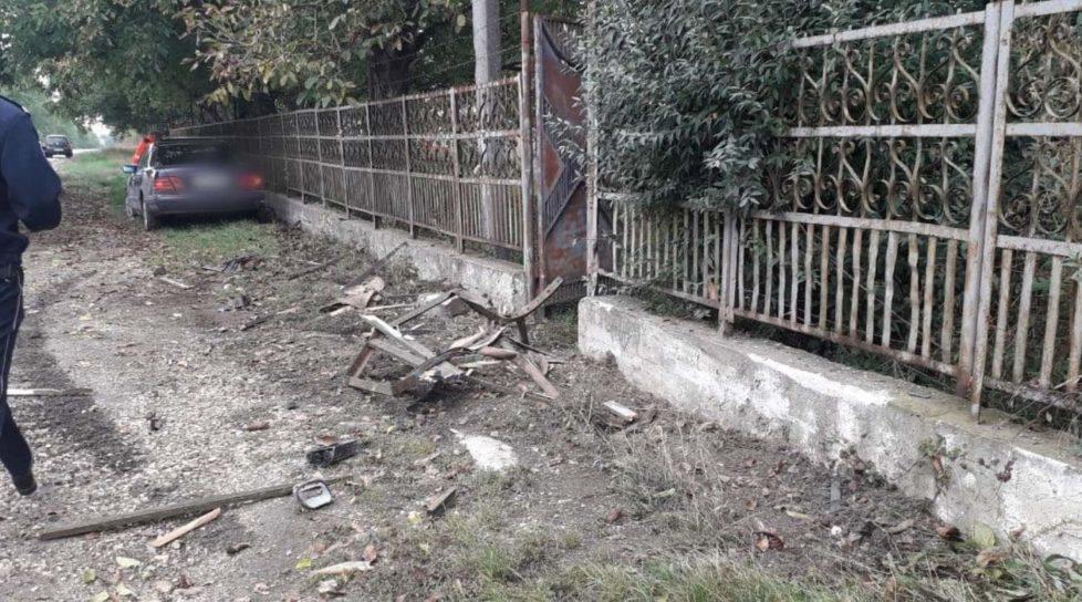 Accident în raionul Edineț. Un tânăr a tamponat mortal cu mașina un bărbat care stătea pe scaun