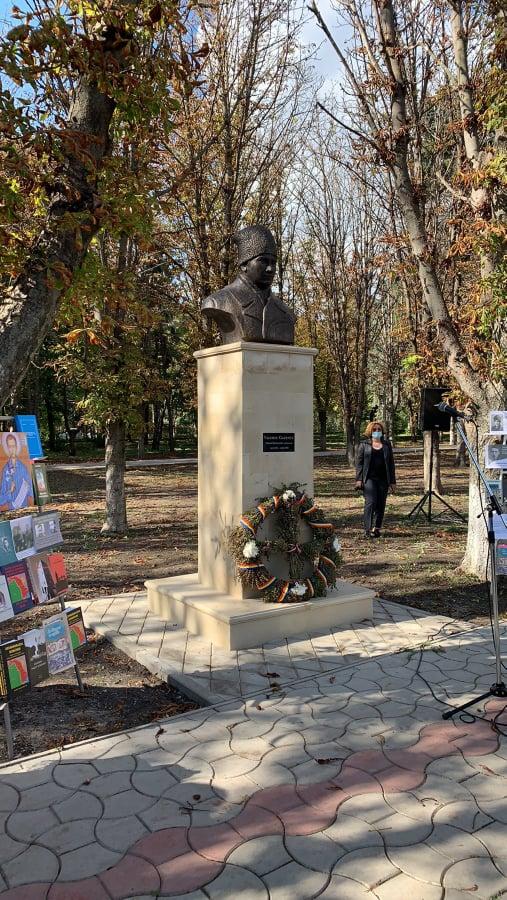 """Foto /FOTO/ """"Sfântul închisorilor"""" la Sîngerei. Bustul în memoria deținutului politic anticomunist a fost instalat în oraș 5 27.10.2021"""